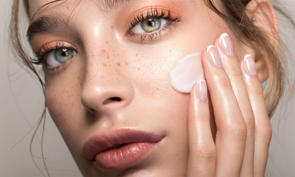Top 10 Best Creams For Smooth Face Of 2020 Barbieinablender Org